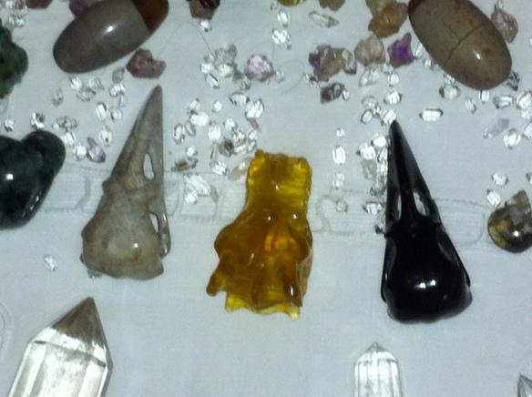 ravenschedeltjes van kristal