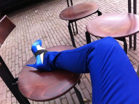 pumps en blauw