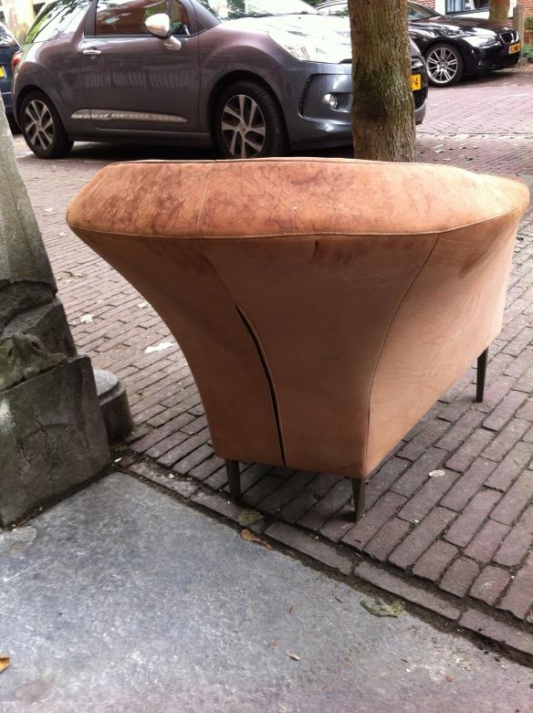 stoel op straat
