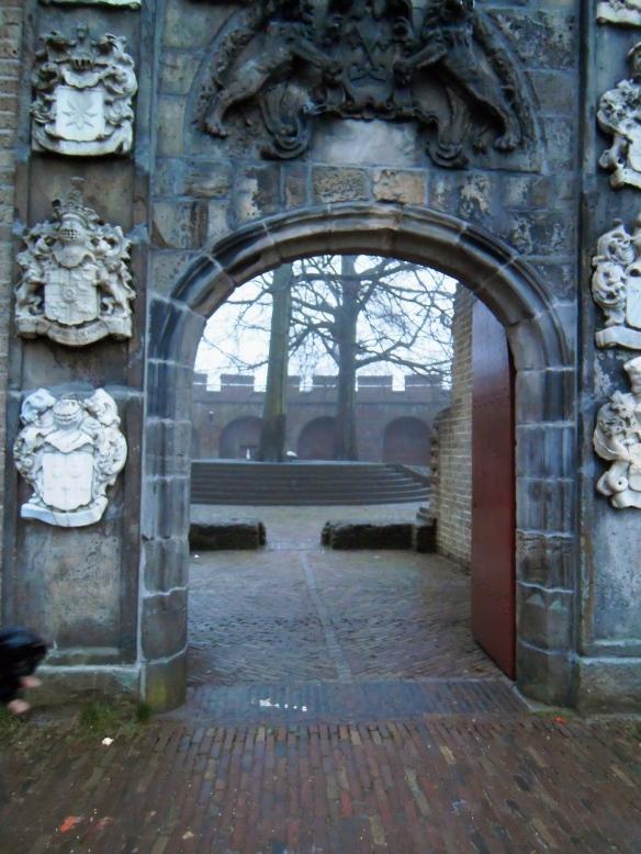 Zonder:Orbs, lichtbollen, ceremonie, Leiden, heksjes, december 2012, , kristallen scherels