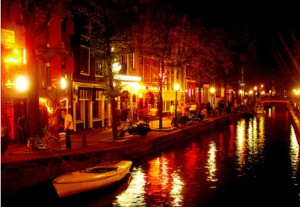 Wallen, Amsterdam, red light district Amsterdam, ouwehoeren, prostitutie, raamprostitutie,
