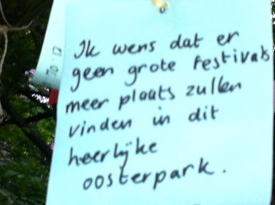 Wensboom, Oosterpark, Amsterdam, april 2014, wens geen grote festivals in Oosterpark