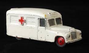 images-936AMBULANCE, ONGEVALLEN, HULPDIENSTEN, plaatjes van een ambulance
