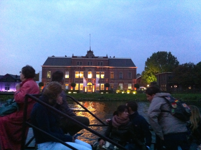 hijskraan,havens van Amsterdam, havensafari, nacht, schip, lichtjes in de nacht , feestje om BMW te promoten