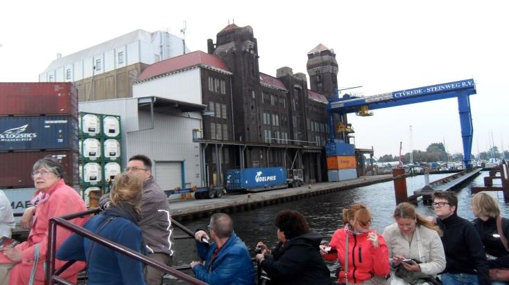 hijskraan,havens van Amsterdam, havensafari, nacht, schip, lichtjes in de nacht , munitie eiland