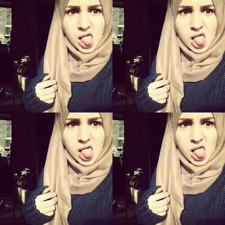geile moslima, moslima met rong uit mond, met hoofdoekje