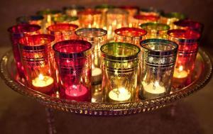 Marokko Marrakech, MAROKKAANSE WINKEL, KRUIDEN, VERSE KRUIDEN, , THEEBLAD MET LICHTJES