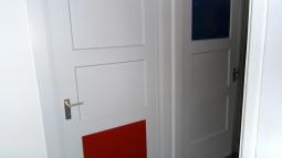 HUIS VAN ZESSEN, WEST-KINDERDIJK 89 , ALBLASSERDAM, MUSEUMWONING EN rijksmonument,architect van Eesteren, kleurenschema Theo van Doesburg
