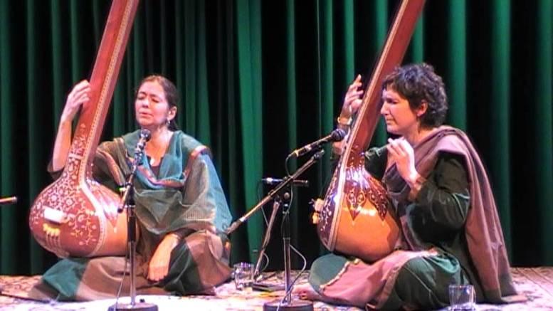 DHRUPAD, Raga, klassieke Indiase zang, DHRUPAD, Raga, klassieke Indiase zang, Marianne Svazek, woman in Dhrupad