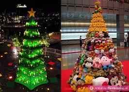 gekke kestboom, hele volle kerstboom, fleurig, versieringen, kleur, ongewoon versierde kerstboom
