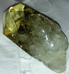 citroen schedel, kristallen schedels, meditatie met schedels, draken, stenen, een veld van kristal