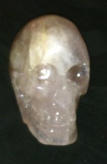 schedel van rozenkwarts