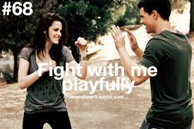 vechten, ruzie, goedmaken, bijleggen van geschil, vriendschap
