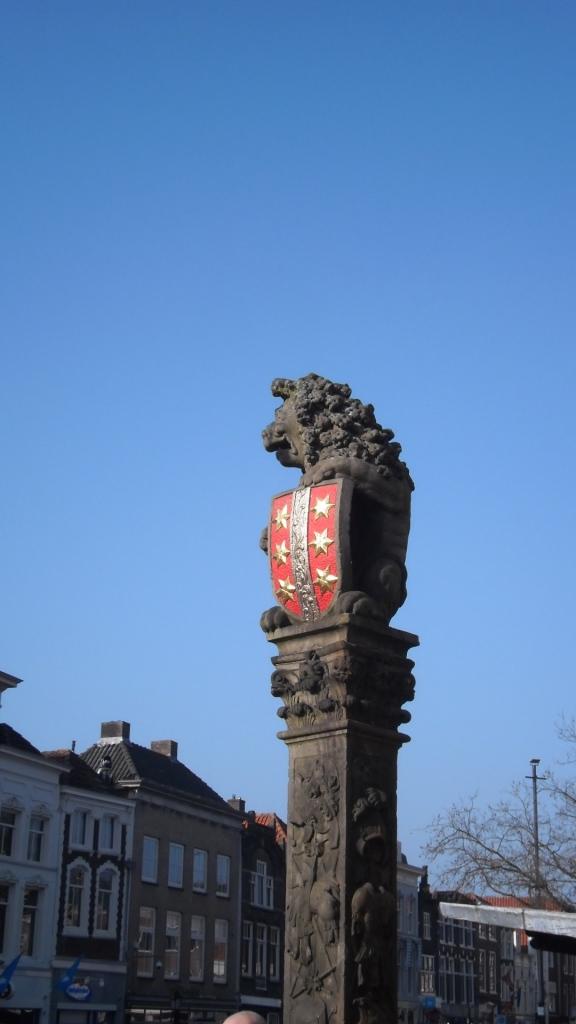 stadhuis van Gouda, gotisch bouwwerk,
