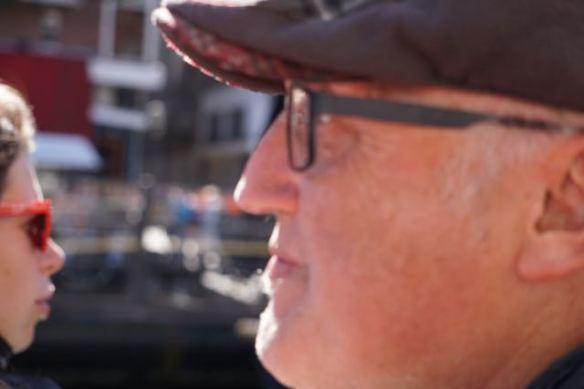 man op terras,  koningsdag 2015, Leiden