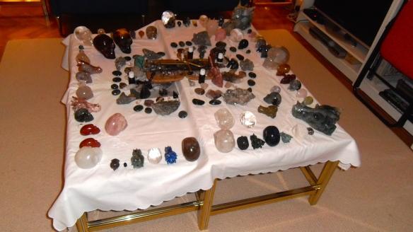 magie, heksenvingers, ET schedelskristallen schedels, veld van schedels, drakenschedels, elfenschedels. ankh