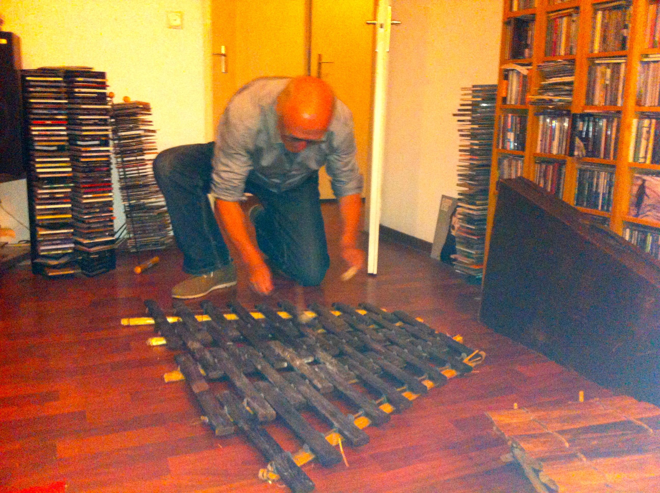 man met instument, marimba, ballofoon, muziek