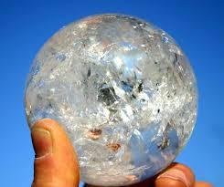 kristallen bol, wall aus kristall, beschermende bol, glazen bol,